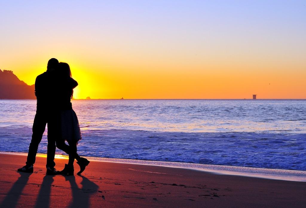 couple-789824_1920